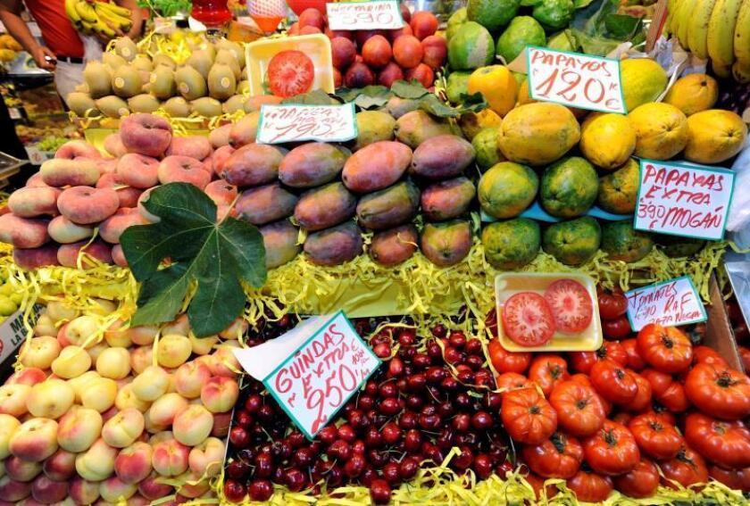 El sur de Europa y el norte de África se alejan de la dieta mediterránea. EFE/Archivo