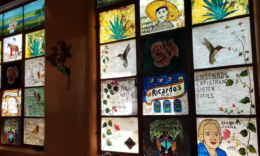 Arturo Guevara's paintings in Ricardo's Place
