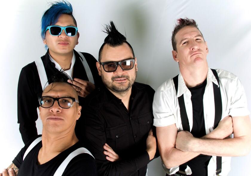 La banda chilanga Los Estrambóticos se presentará en nuestra ciudad el Día de San Valentín, trayendo a cuestas su vertiente romántica del ska.