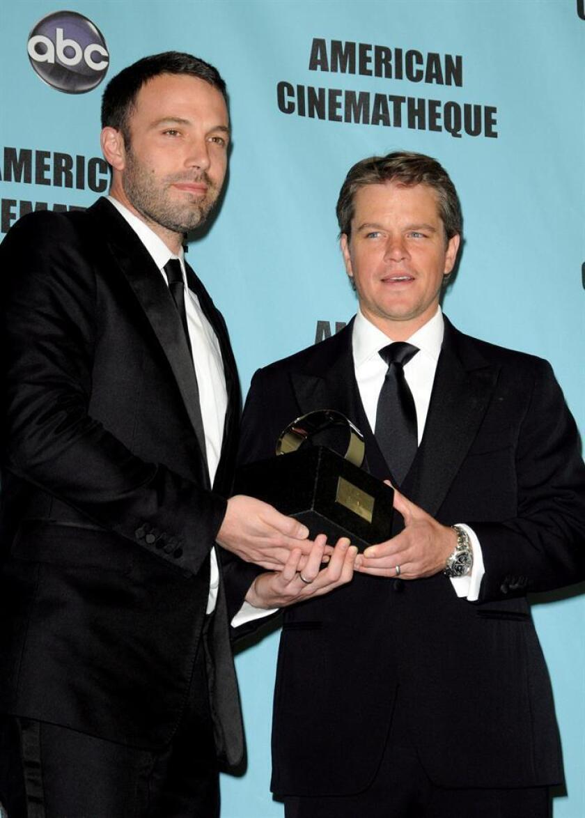 Los actores estadounidenses Matt Damon y Ben Affleck en el Beverly Hilton hotel de Los Ángeles, California (EE.UU). EFE/Archivo