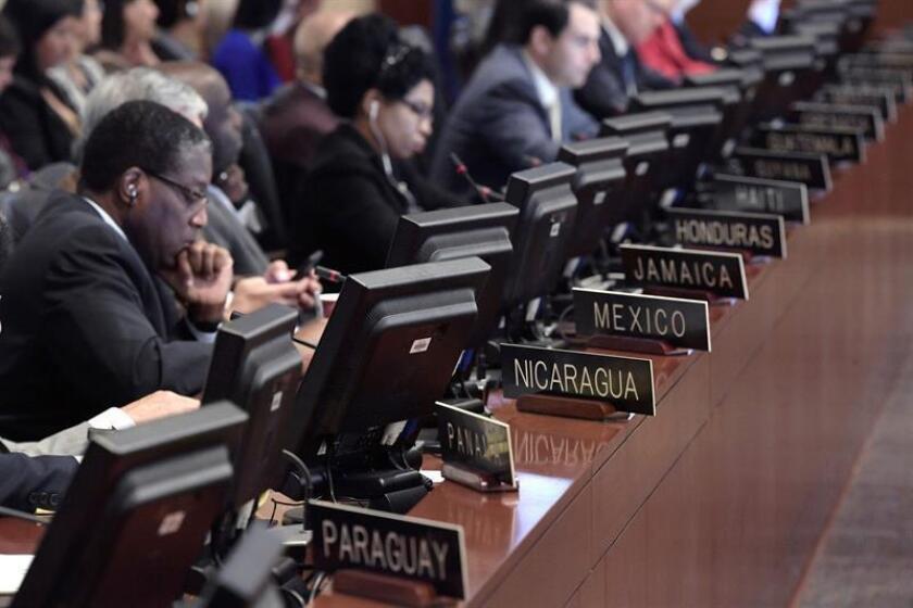"""La Organización de Estados Americanos (OEA) abordará mañana la """"crisis"""" migratoria de venezolanos durante una reunión de su Consejo Permanente, en el que algunas misiones podrían aprovechar para presentar una resolución sobre la nación caribeña, dijeron hoy a Efe fuentes diplomáticas. EFE/ARCHIVO"""