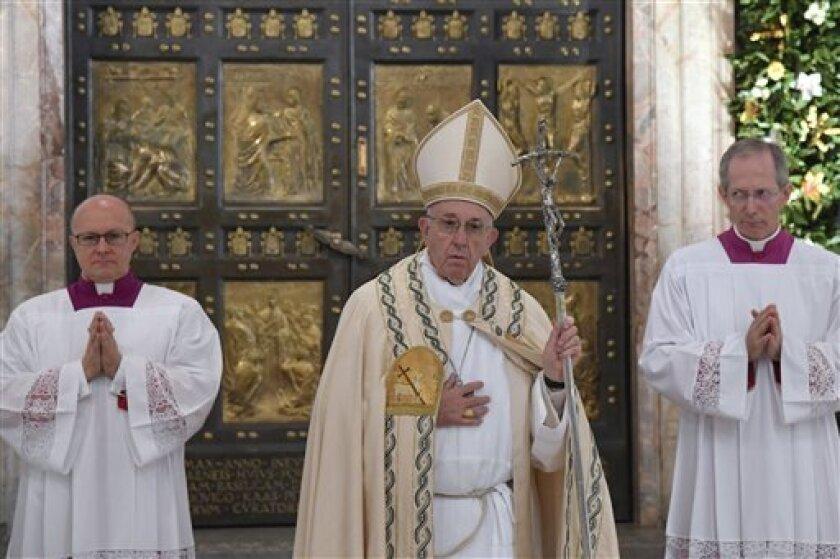 """El papa Francisco recibirá mañana al director de cine estadounidense Martin Scorsese por la proyección en el Vaticano de su próxima película, """"Silence"""", dedicada a la misión de los jesuitas en Japón en el siglo XVIII."""