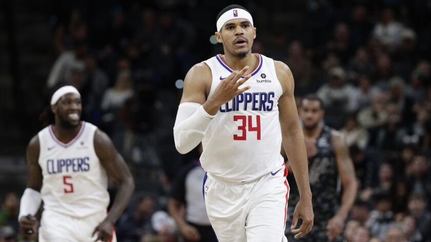 Clippers forward Tobias Harris (34) signals after scoring against the San Antonio Spurs during the second half on Sunday in San Antonio.