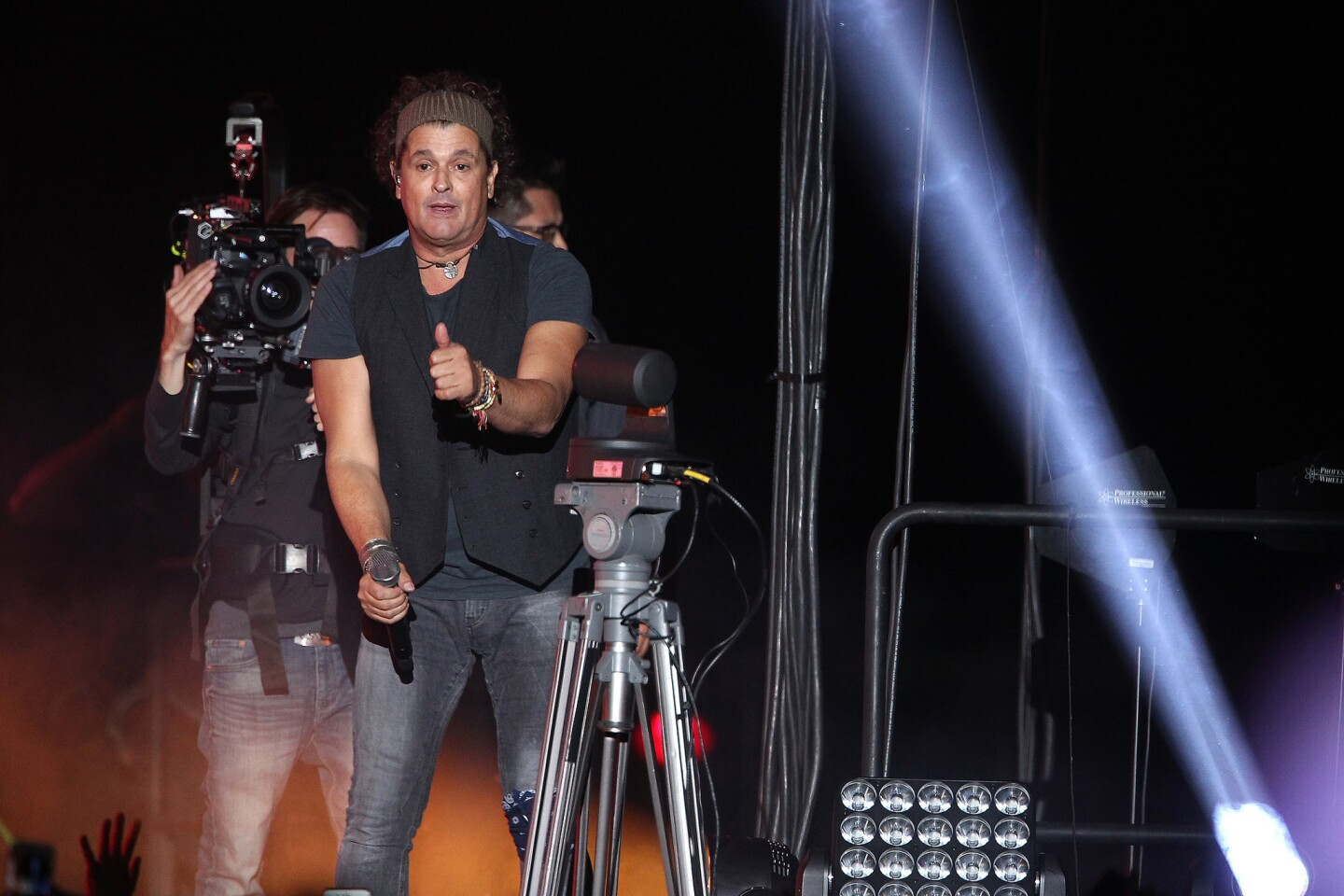 """Carlos Vives performs onstage during his """"Vives Tour 2018"""" at The Forum on September 29, 2018 in Inglewood, CA. (Photo by: Art. Garcia/DDPixels)"""