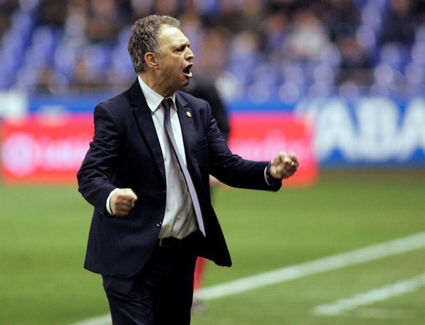 El entrenador Joaquín Caparrós. EFE/Archivo