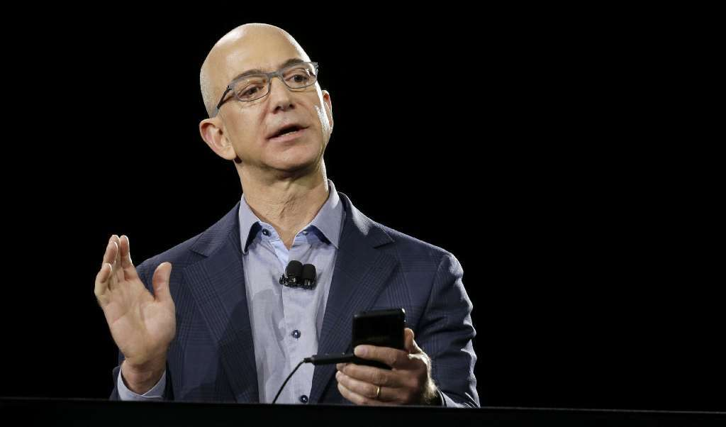Column: Amazon's Jeff Bezos should buy Chargers, move them to San Diego