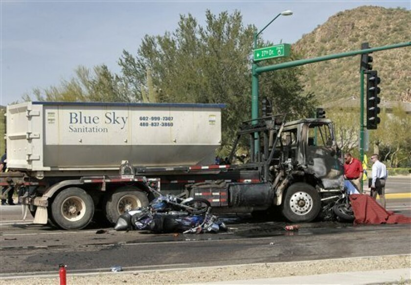 3 Arizonans, 1 Louisianan killed in Phoenix crash - The San Diego