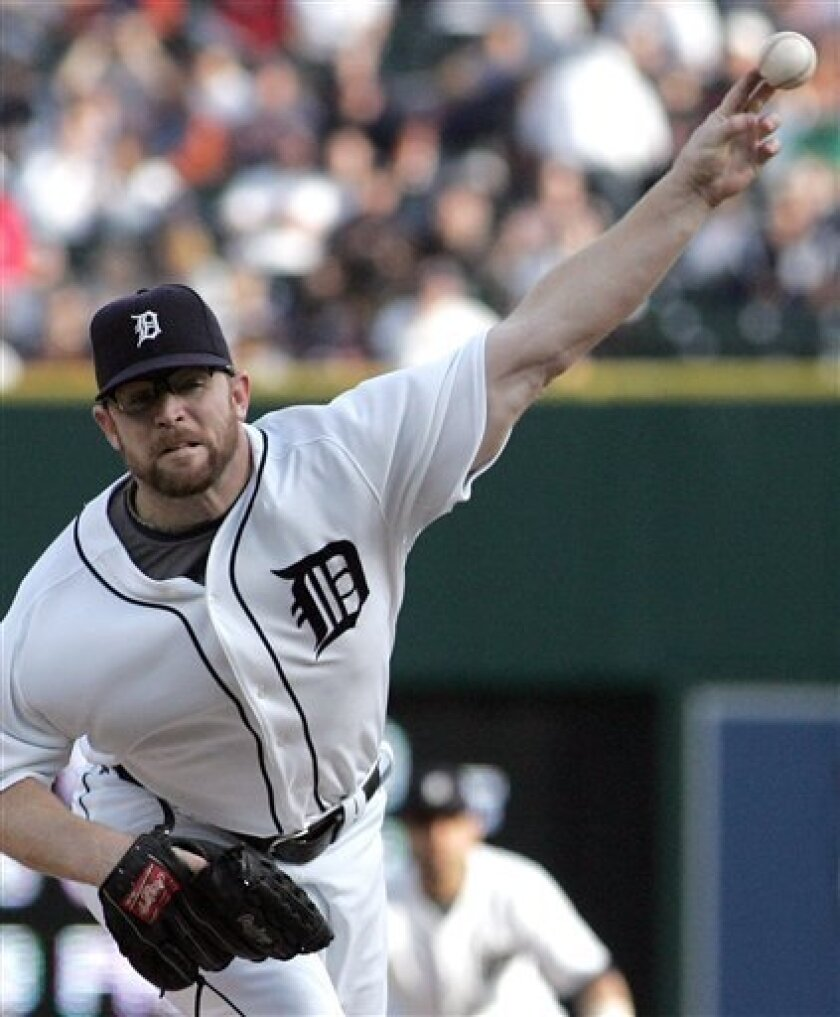 Detroit Tigers' Nate Robertson hurls a pitch to Minnesota Twins during the second inning of their Major League Baseball game on Saturday, May 24, 2008 in Detroit. (AP Photo/Jerry S. Mendoza)