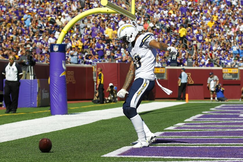 Chargers Keenan Allen celebrates a 2nd quarter touchdown against the Vikings.