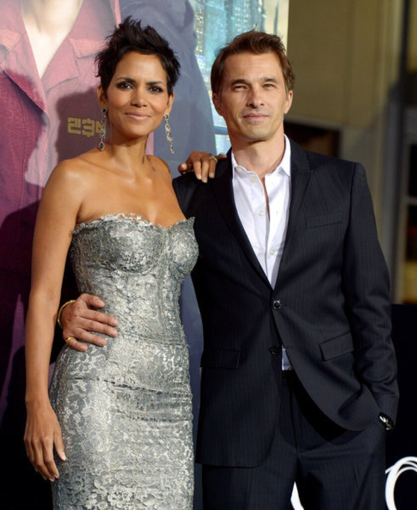 Halle Berry and Olivier Martinez are expecting a baby boy.