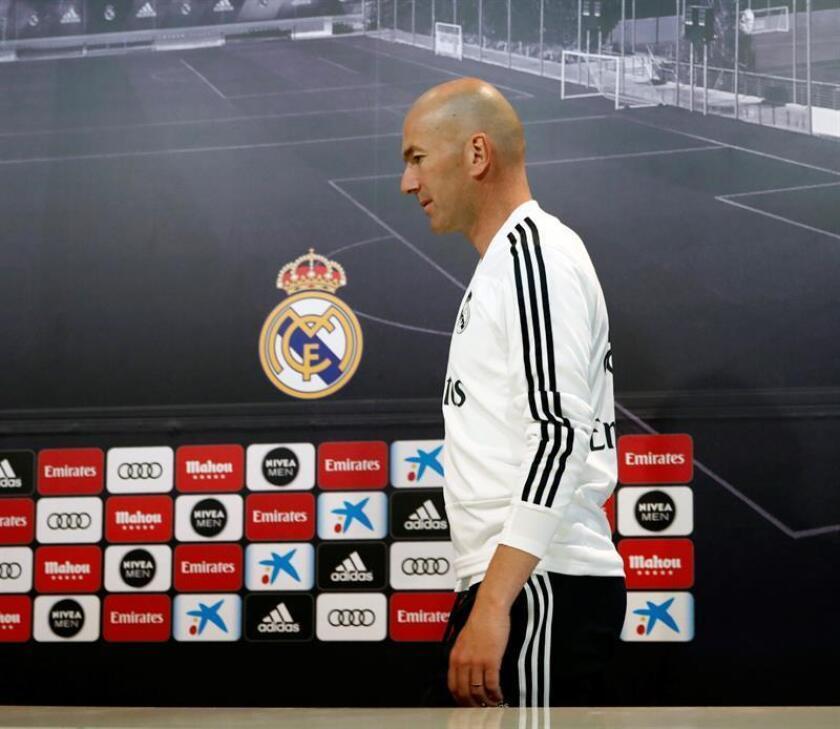 """Fotografía de archivo tomada el 11/05/2019 de Zinedine Zidane, entrenador del Real Madrid, que abandonó el viernes la concentración del conjunto blanco por """"motivos personales"""". EFE/ARCHIVO/Javier López"""