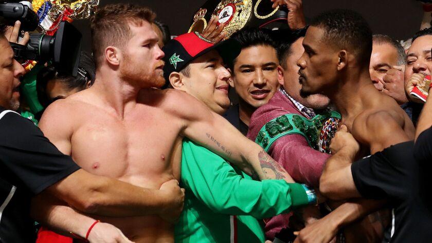 Canelo Alvarez wins unanimous decision over Daniel Jacobs
