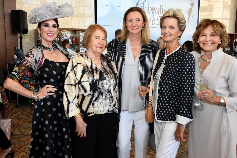 Lisa Marks, Norma Hidalgo del Rio, Luisa Serena, Gita Theodossi, Gayle Martin