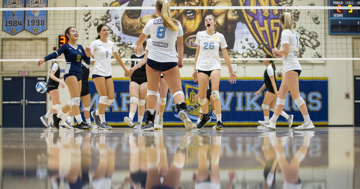 'Sailing smooth': Marina girls' volleyball wins seventh in eight matches