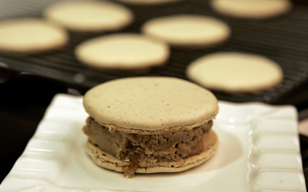 Coffee toffee ice cream sandwiches