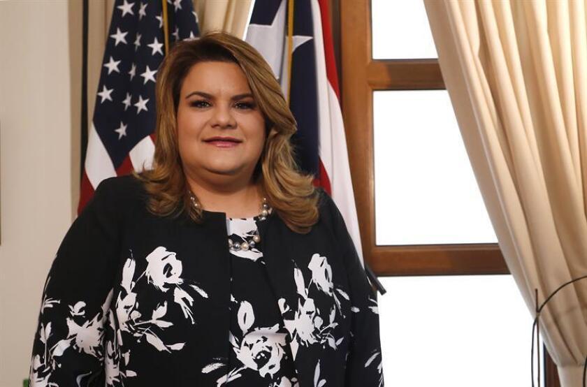 La representante de la isla ante la Cámara de Representantes de Estados Unidos, Jennifer González, posa para Efe durante una visita a su oficina en San Juan, Puerto Rico. EFE/Archivo