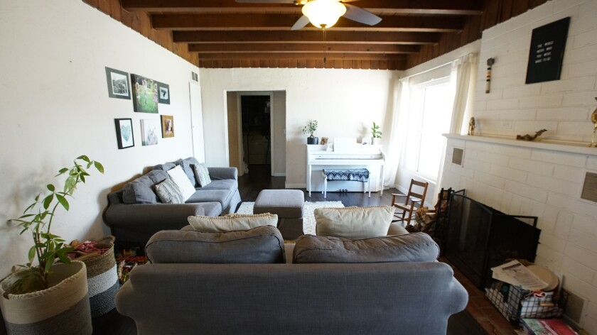 """Homeowner Sarah's living room before renovation, as seen on HGTV's """"Build Me Up."""""""