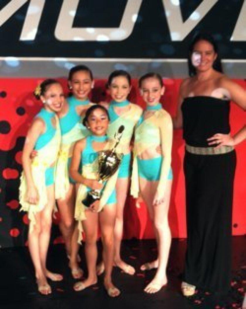 (L-R) Jordan London, Sophia Pencak, Jenna Alvarez (in front), Teresa Barnes, Marina Hartogs, Mindy Love Watkins