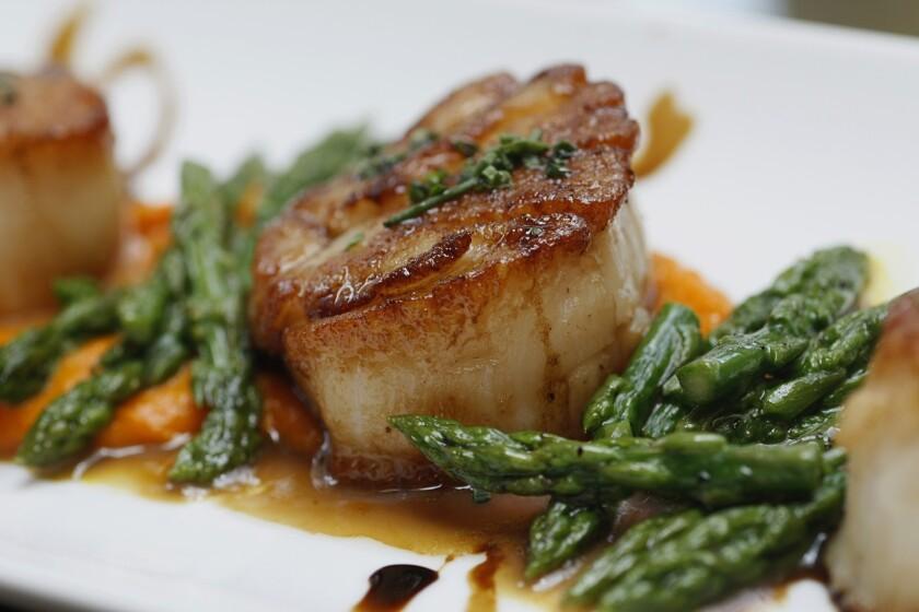 Jonathan Gold | L.A. restaurant review: RivaBella makes ordinary Italian perfect