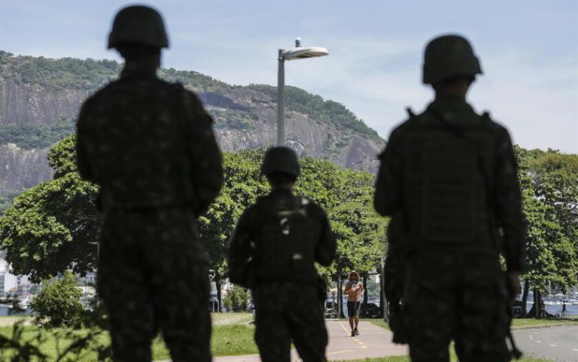 Los datos nacionales reunidos y publicados en 2017 por el Foro Brasileño de Seguridad Pública revelaron que en 2016 un total de 61.619 personas fueron víctimas de homicidio en Brasil. EFE/Archivo