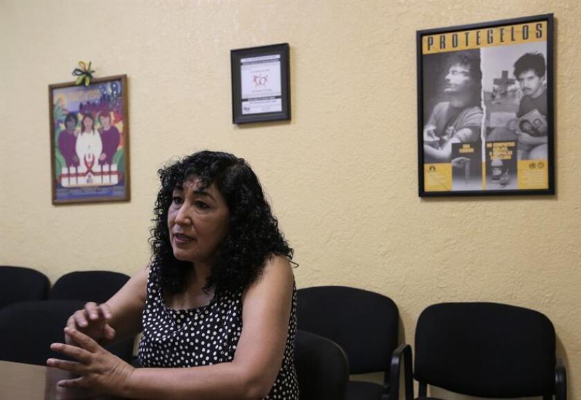 La directora de la ONG Compañeros, María Elena Ramos, habla con Efe el pasado martes, 14 de agosto de 2018, en Ciudad Juárez (México). EFE