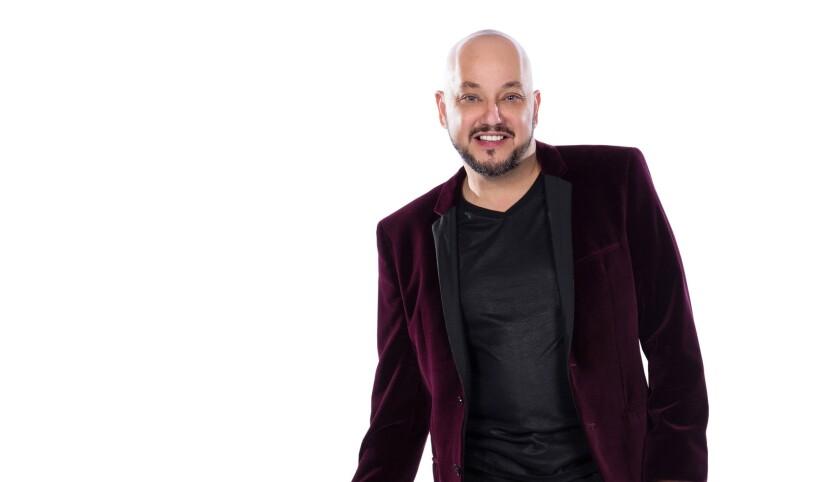 """Además de ser el director de programación de la radioemisora Qué Buena, Pepe Garza es uno de los jueces del 'reality' televisivo """"Tengo talento, mucho talento"""", y ahora tiene su propio canal de YouTube."""