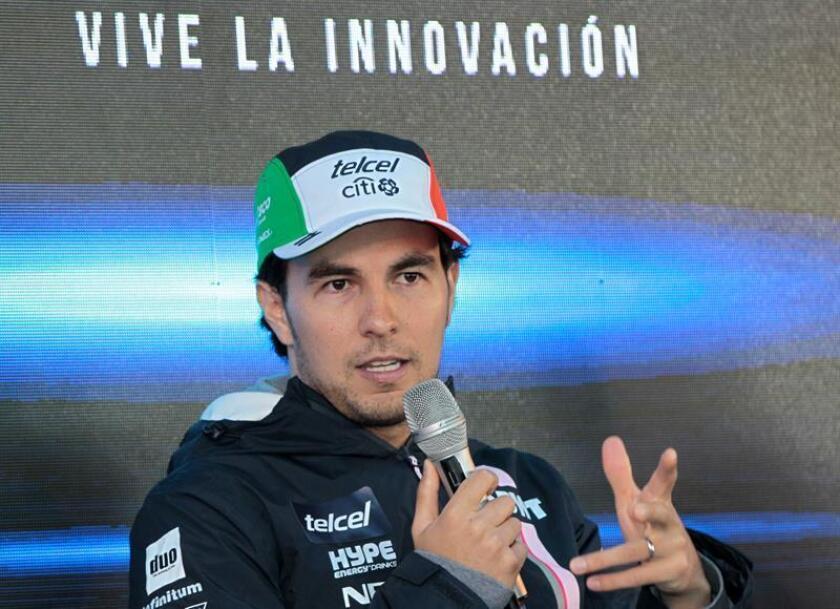 El piloto mexicano de F1 Sergio Pérez habla durante una rueda de prensa hoy, miércoles 24 de octubre de 2018, en Ciudad de México (México). EFE