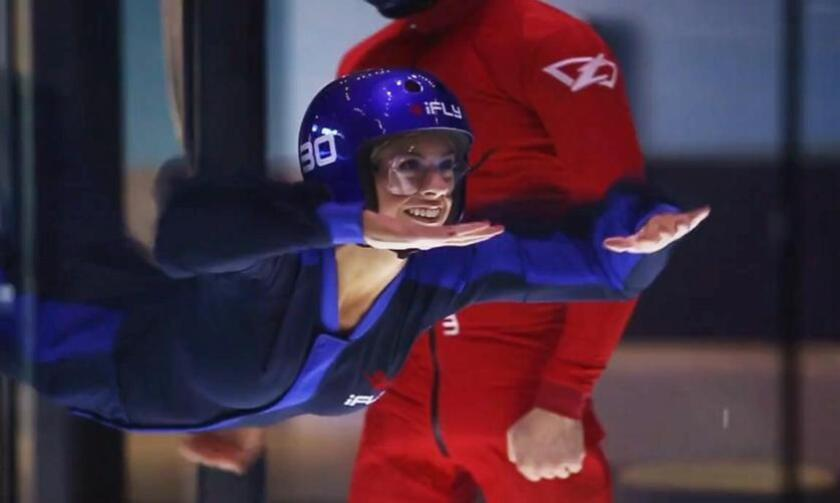 Michelle Dederko tries indoor skydiving at iFLY San Diego - Alejandro Tamayo