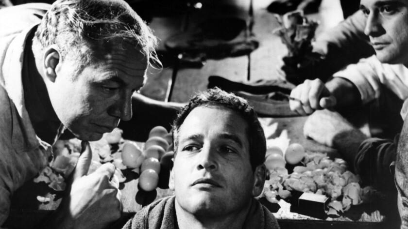 "CA.0513.PaulNewman ––– George Kennedy (L) and Paul Newman in a scene from 1967 "" Cool Hand Luke "" mo"