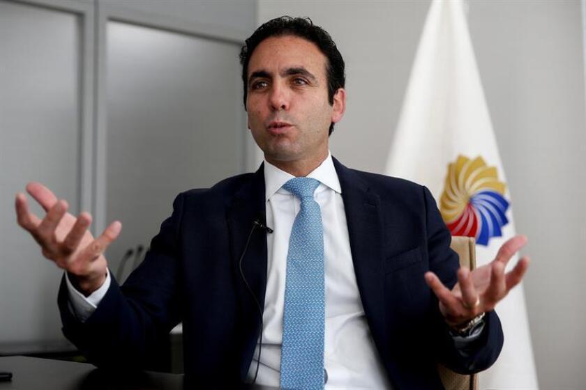 El ministro ecuatoriano de Producción, Comercio Exterior e Inversiones, Pablo Campana, fue registrado durante una entrevista con Efe, en Quito (Ecuador). EFE