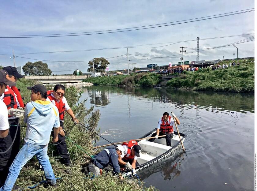 Las autoridades mexicanas elevaron hoy a quince los cadáveres hallados esta semana en el río Lerma, en los límites del occidental estado mexicano de Jalisco con Michoacán.