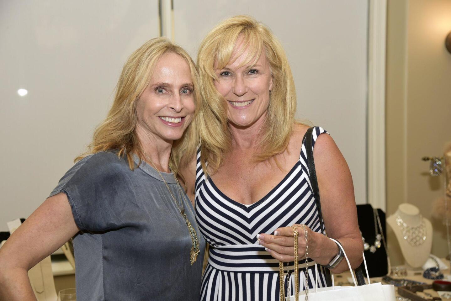 Kaye DeLancey, Dana Worsham