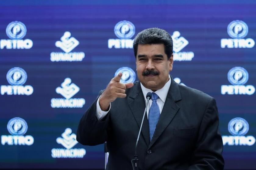 La invitación al presidente de Venezuela, Nicolás Maduro, a la toma de posesión de Andrés Manuel López Obrador como presidente de México el próximo 1 de diciembre, dividió hoy, en medio de gritos y cierre de la sesión, a la Cámara de Diputados de este país. EFE/ARCHIVO