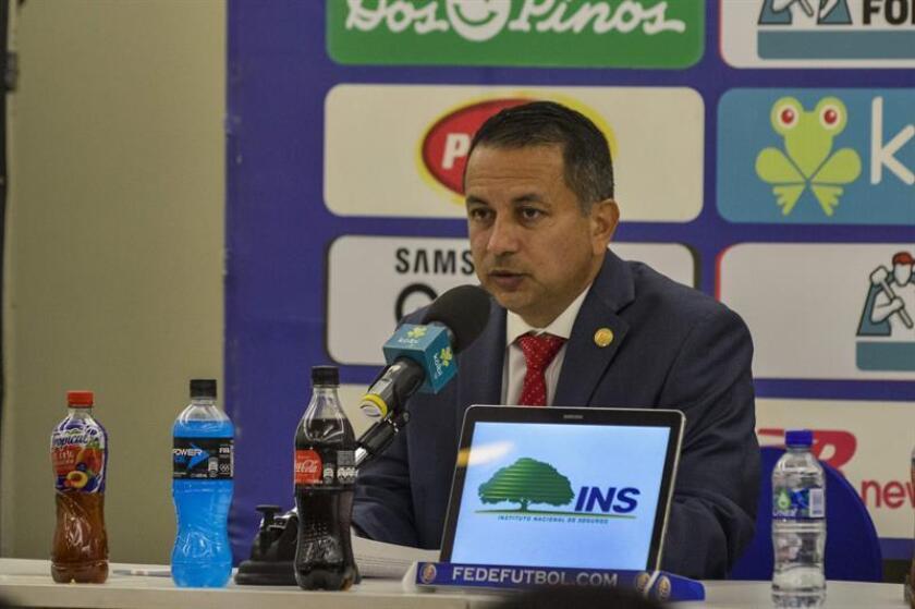 En la imagen, el presidente de la Federación Costarricense de Fútbol, Rodolfo Villalobos. EFE/Archivo