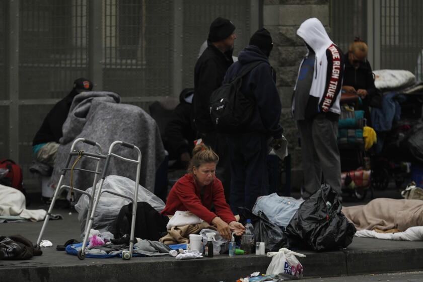 3034974_la-me-lopez-homeless_09.FO.jpg