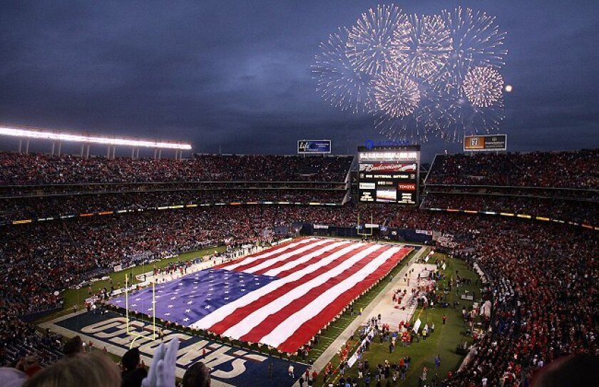 A crowd of 522,000 would fill Qualcomm stadium 7.3 times.