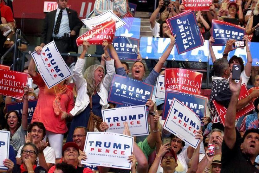 Los aspirantes a la Presidencia y los grupos que los apoyaron se gastaron 2.170 millones de dólares en la campaña que finalmente llevó al republicano Donald Trump a la Casa Blanca, según un estudio publicado hoy. EFE/ARCHIVO