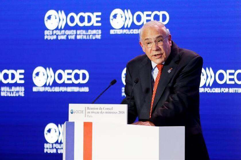El secretario general de la Organización para la Cooperación y el Desarrollo Económico (OCDE), Ángel Gurría, durante un discurso. EFE/Archivo