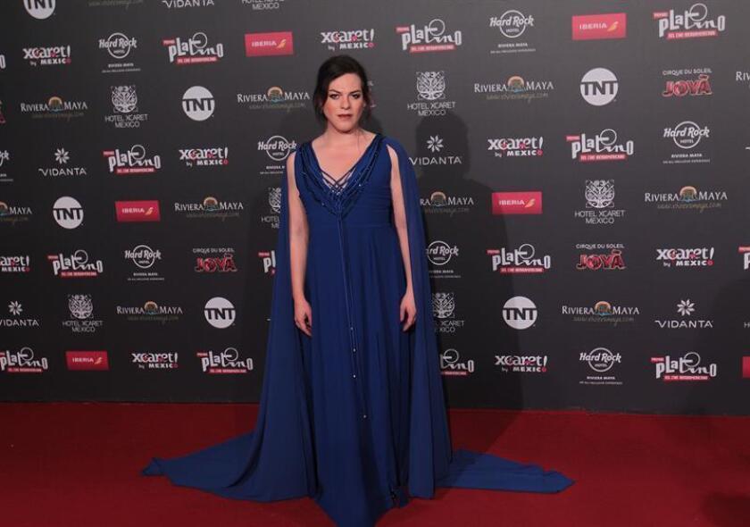 La actriz chilena Daniela Vega posa hoy, domingo 29 de abril de 2018, a su llegada a la alfombra roja, previo a la entrega de los Premios Platino en su edicion 2018, en Playa del Carmen Quintana Roo (México). EFE