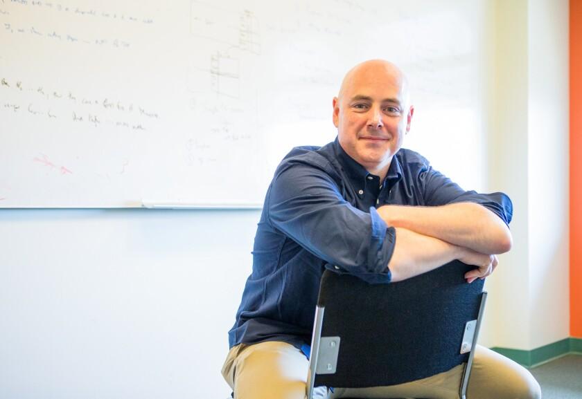 Stanford computer scientist Christopher Ré wins MacArthur