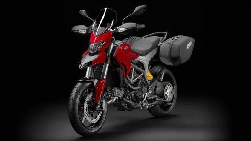 Long Beach Motorcycle Show: Ducati Hyperstrada is versatile