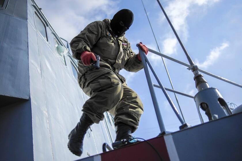 Ukrainian warship seized in Crimea