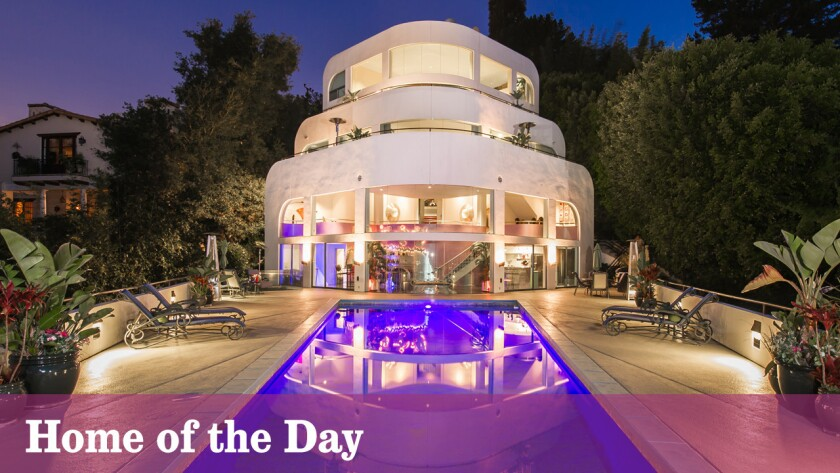 Home of the Day: Set sail on Bel-Air's landlocked yacht house