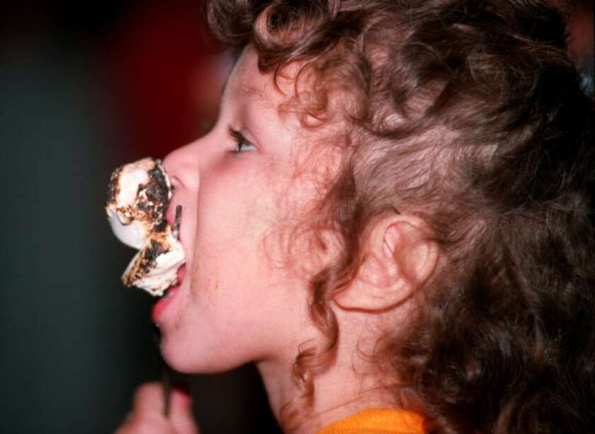 Eat it now or wait for something better? Like the old marshmallow experiment, a new study sought to tease out who could delay gratification - and who could not - by measuring the movement of their eyes.