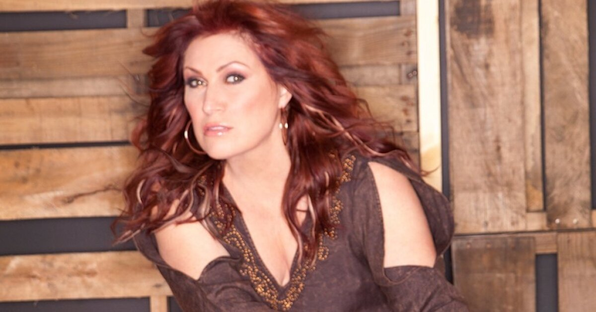 Jo Dee Messina: Finally, it's about 'Me' - The San Diego ...