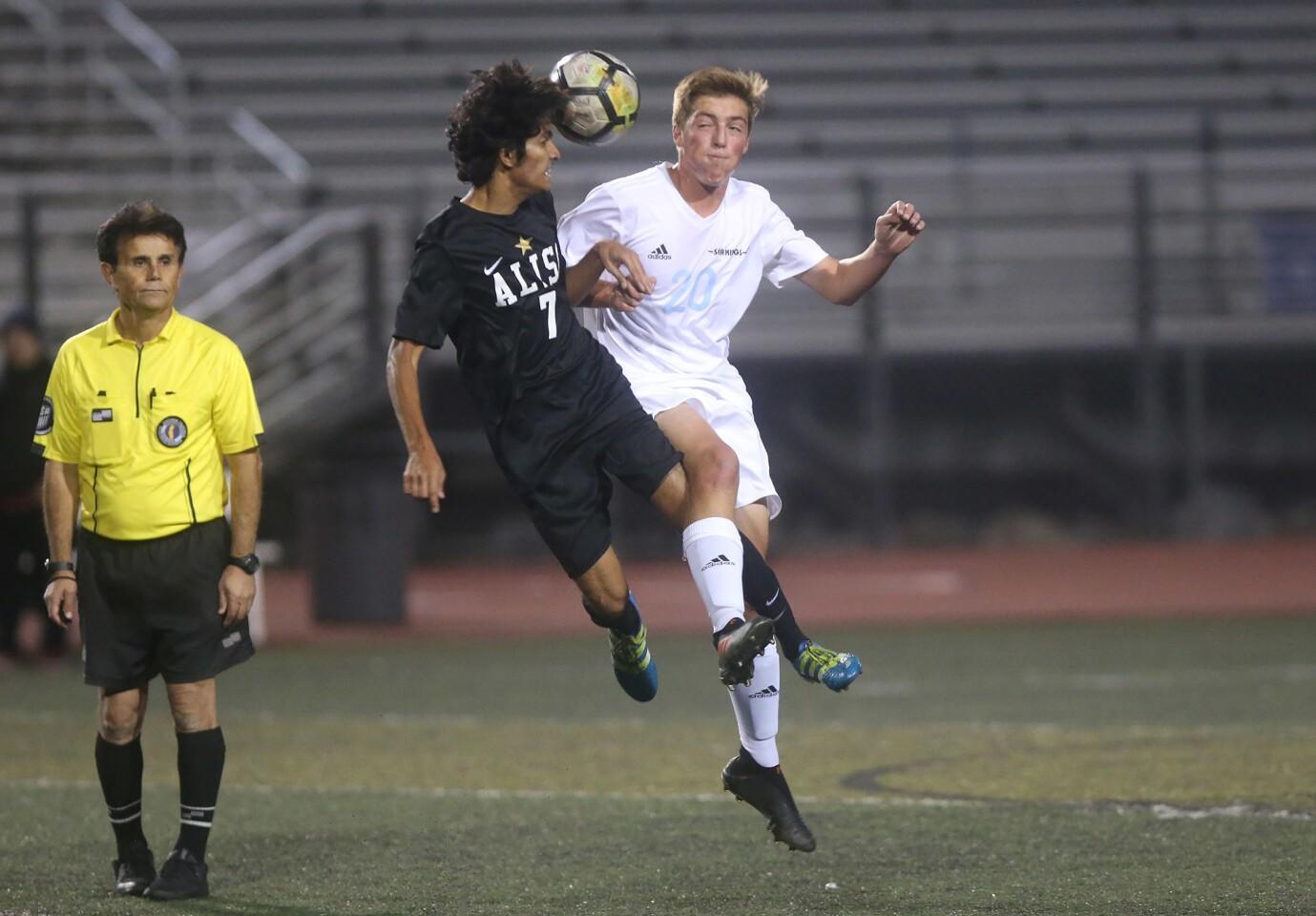 Photo Gallery: Corona del Mar vs. Aliso Niguel in boys' soccer