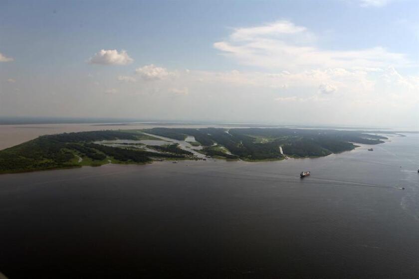 Las inundaciones en el río Amazonas han incrementado en frecuencia y gravedad durante las últimas tres décadas, según un estudio de científicos chilenos y británicos, que apunta al calentamiento global como una de las causas. EFE/Archivo