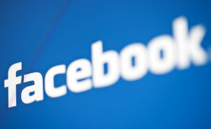 Facebook in talks to crack down on illegal gun sales