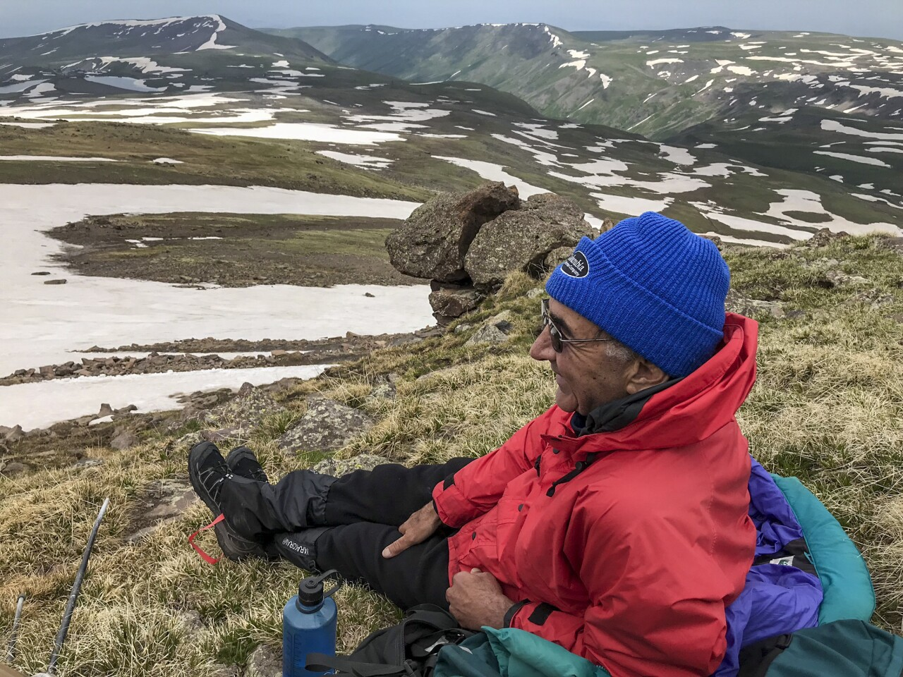 After hiking to Mt. Aragats' south peak, it's time to sit down and have some hot tea.