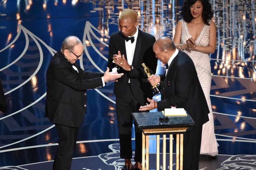 Ennio Morricone wins his Oscar at age 87